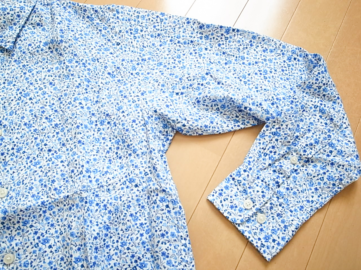 Uniqlo liberty 4