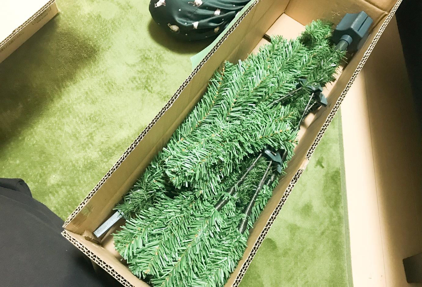 実践!簡単キレイなクリスマスツリーの飾り付けの「戦略」と「戦術」